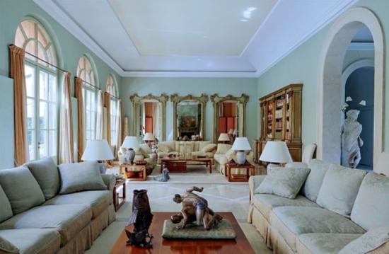 Sala Residência de Giorgio Armani - Laguna