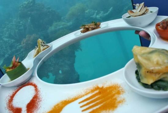 Ithaa Undersea Restaurant - Laguna