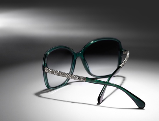 3c7df64ab Bijou 2016 Chanel - Laguna Óculos Chanel haste decorada - Laguna