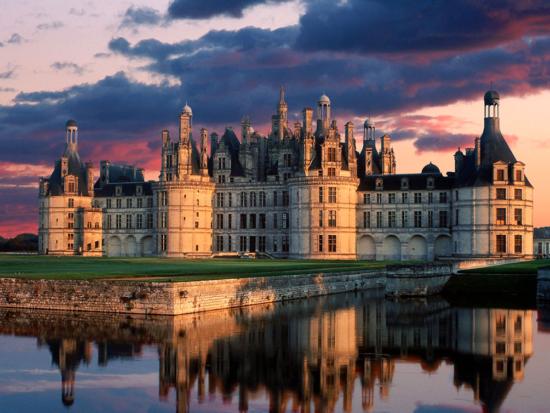 Castelos reais para alugar - Laguna