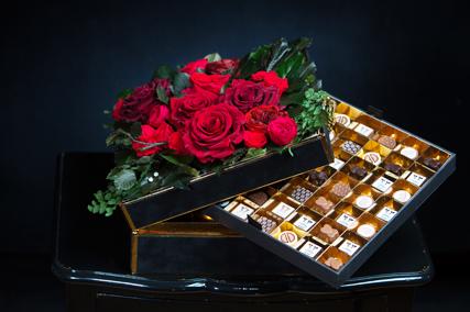 Chocolates The Forever Rose London - Laguna