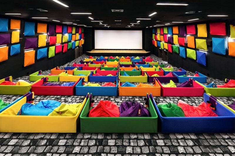 Tulikino cinema colorido - Laguna