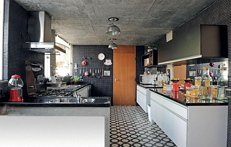 Ladrilho hidraulico na cozinha - Laguna
