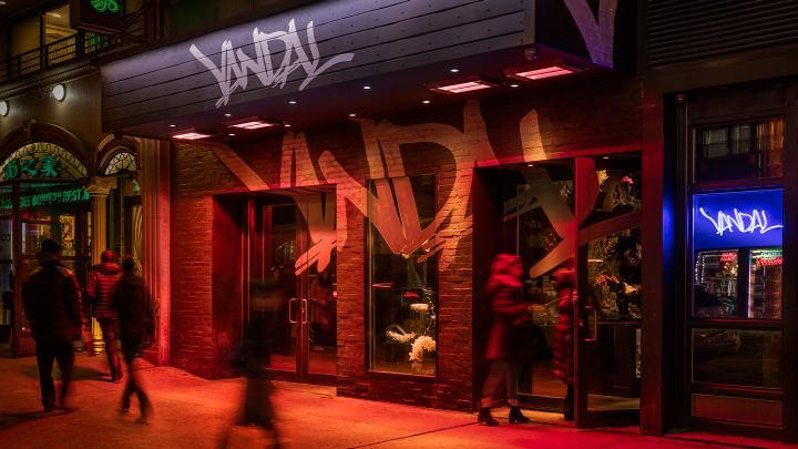Vandal NYC fachada - Laguna