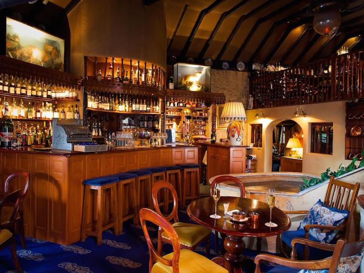 Os melhores bares de conhaque do mundo - Construtora Laguna