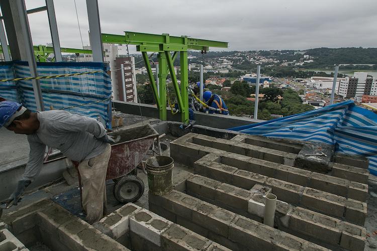 MAI Work Por Dentro da Obra Maio 2017 - Construtora Laguna