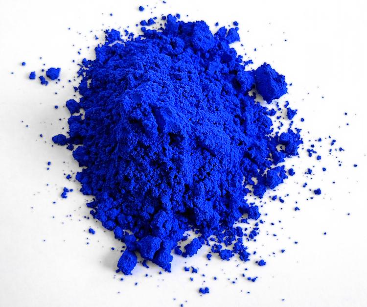YInMn: o novo tom de azul que não desbota - Construtora Laguna