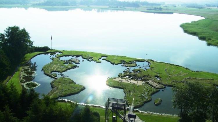 Parque em formato de mapa-múndi - Construtora Laguna