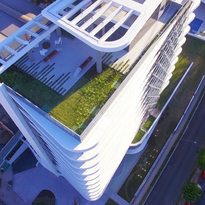 Decoração de residências duplex Telhado Verde MAI Work- Construtora Laguna