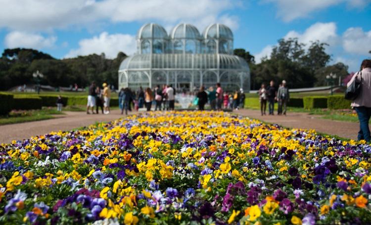 Destinos brasileiros para visitar na primavera - Curitiba - Construtora Laguna