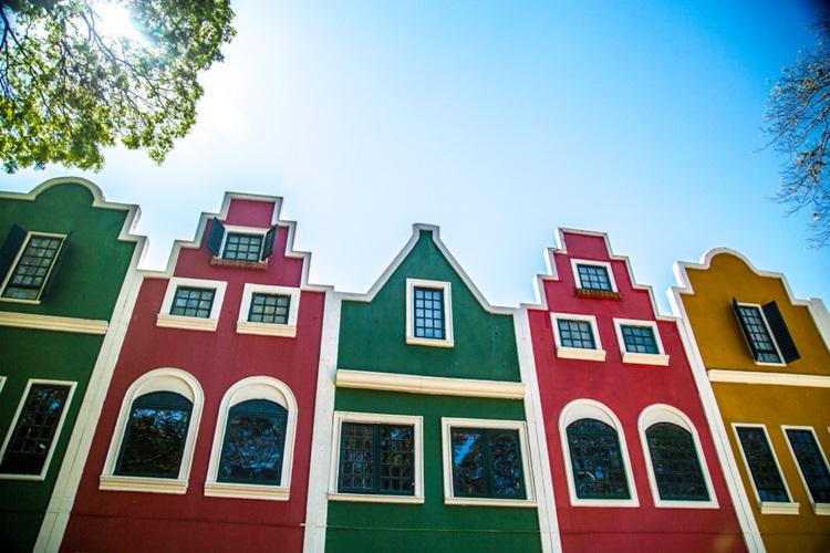 Destinos para visitar na primavera - Holambra - Construtora Laguna