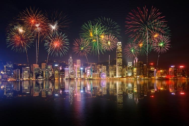5 destinos incríveis para passar o Réveillon - Hong Kong - Construtora Laguna