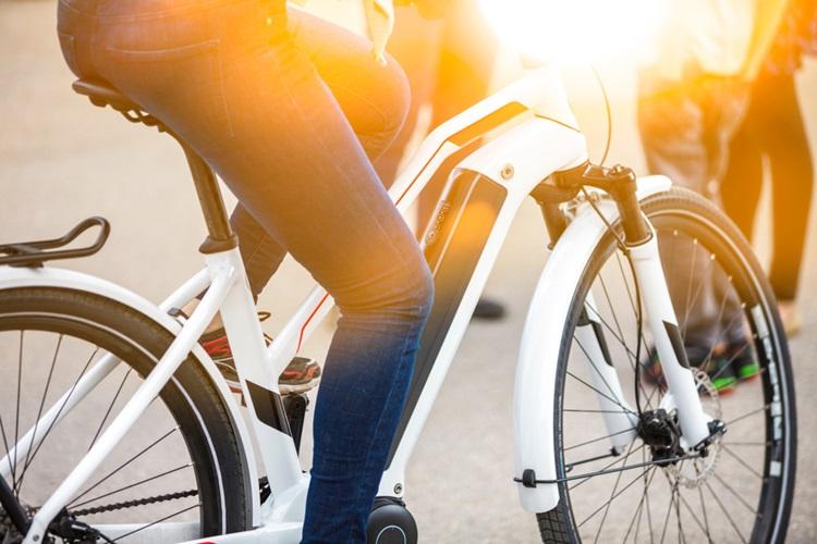 Bicicletas elétricas conquistam espaço - Construtora Laguna