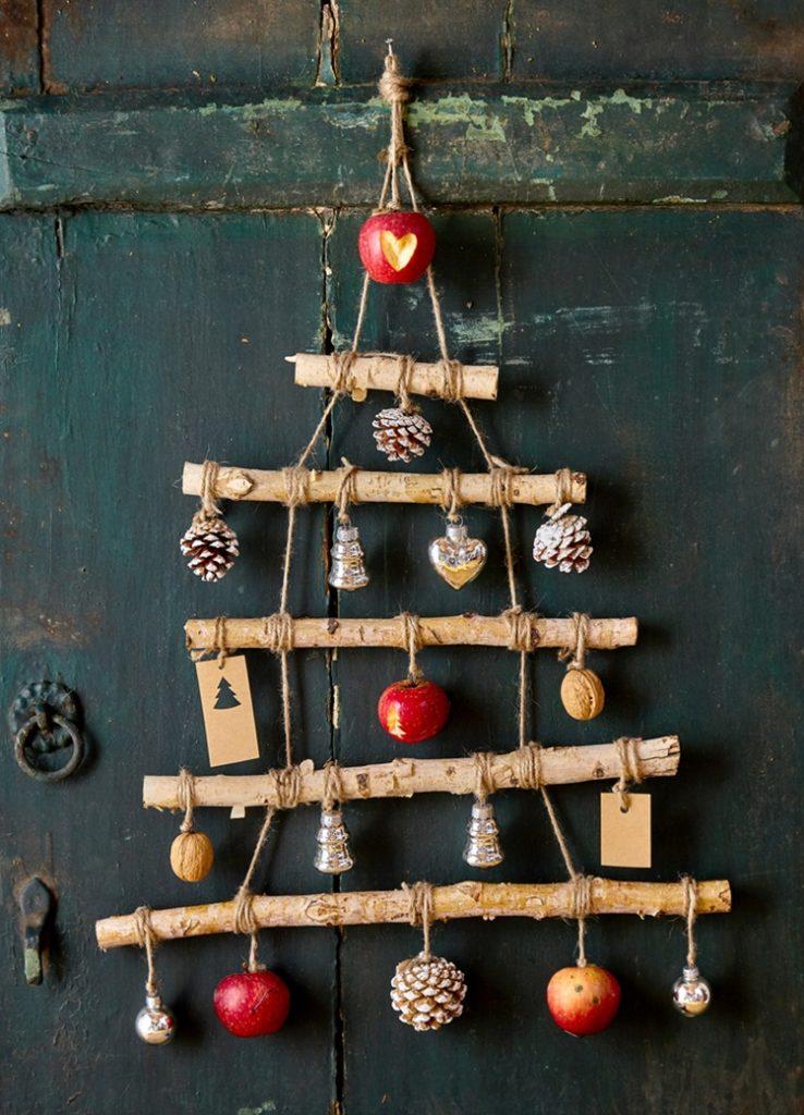 Inspirações para inovar na árvore de Natal - Rústico - Construtora Laguna