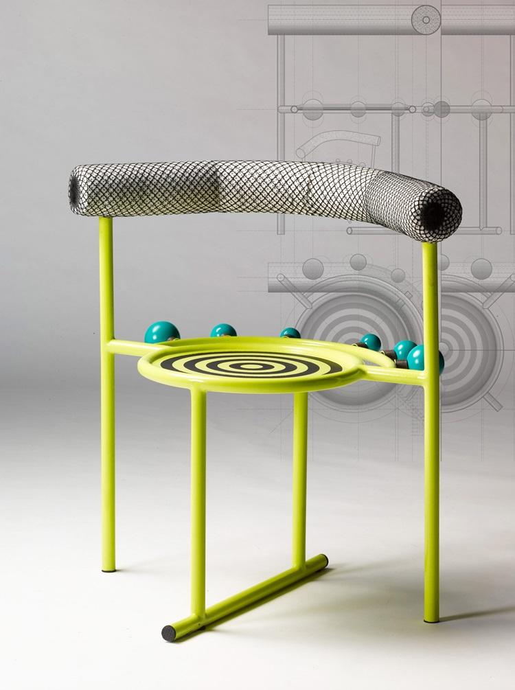 Linguagem corporal inspira design de cadeiras exóticas - Construtora Laguna