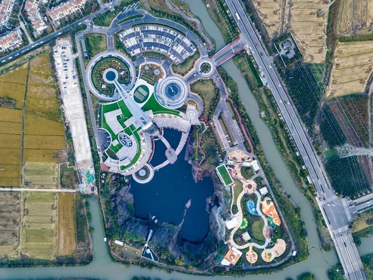 InterContinental Shanghai Wonderland é o primeiro hotel subterrâneo do mundo - Construtora Laguna