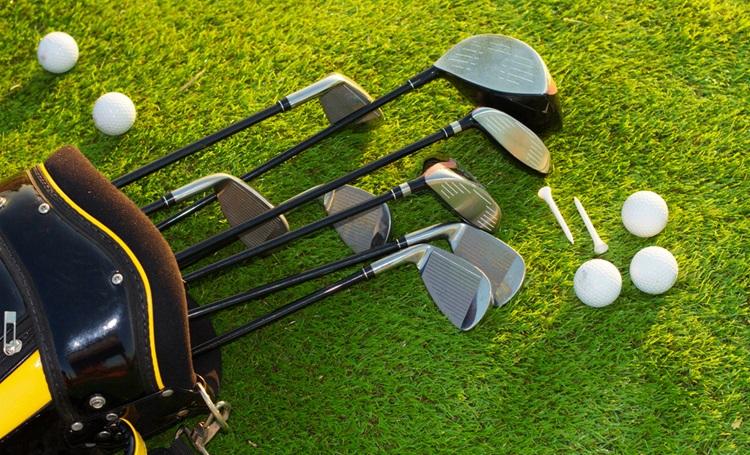 No golfe, jogadas específicas exigem modelos de tacos específicos - Construtora Laguna