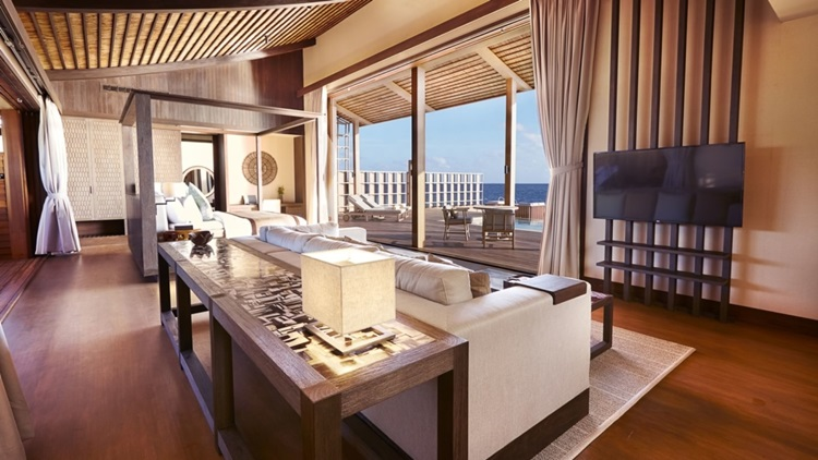 Placas fotovoltaicas são evidenciadas em arquitetura de resort de luxo sustentável nas Maldivas - Construtora Laguna