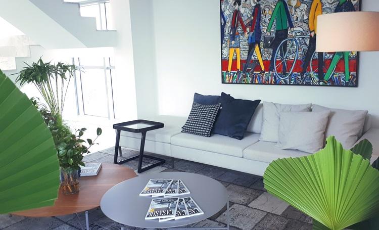 Como inserir arranjos de flores e plantas no lar - MAI Home - Construtora Laguna