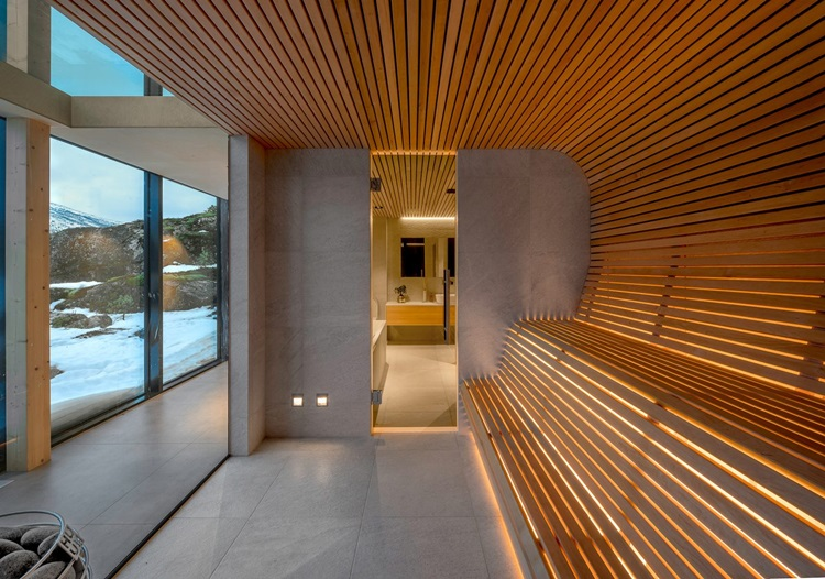 Fiordes noruegueses são destacados em contemporânea residência - Construtora Laguna