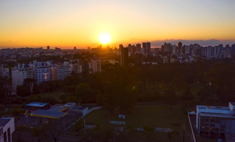 Laguna busca tornar Curitiba ainda mais bela e seus moradores mais felizes - Construtora Laguna
