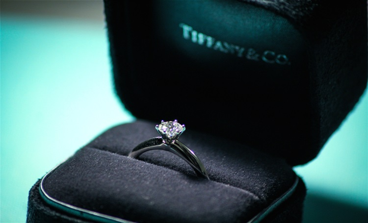 Tiffany divulga a origem de seus diamantes - Construtora Laguna