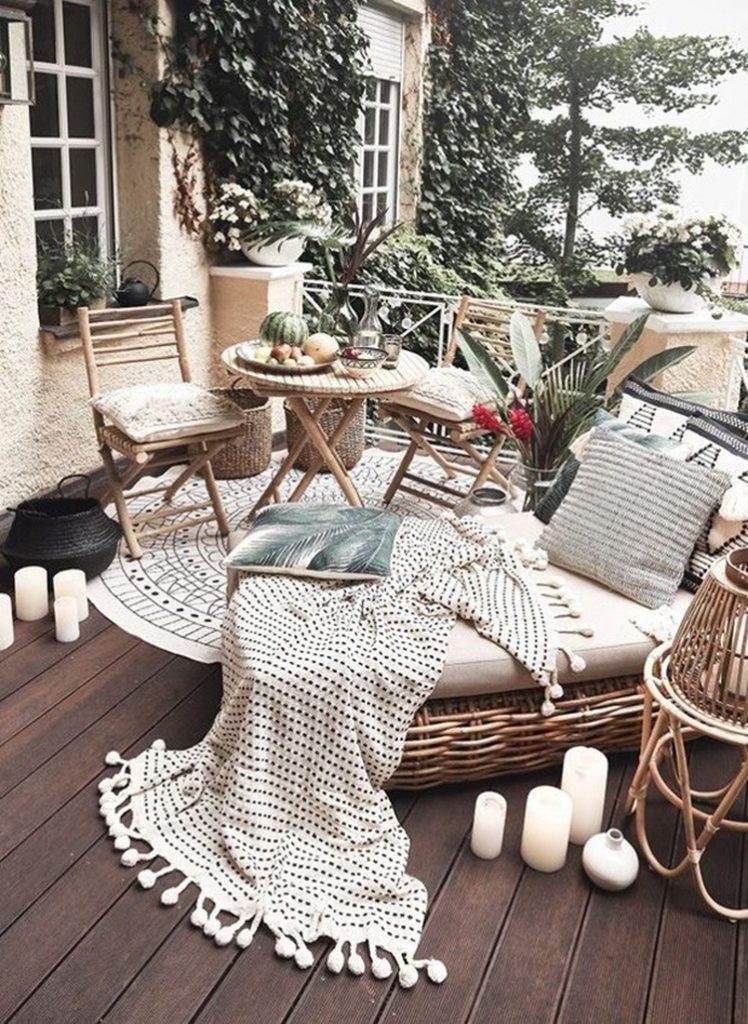 Para inspirar varandas com elementos naturais e cores tropicais - Westwing - Construtora Laguna