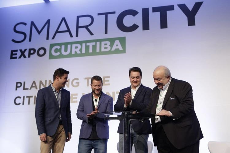 Paraná é o primeiro estado a isentar impostos para carros elétricos - Construtora Laguna