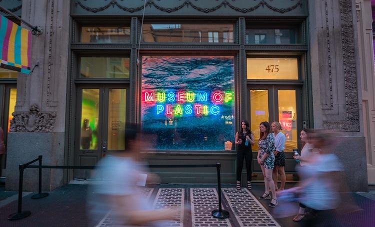 """Museu do Plástico usa ambientes """"instagramáveis"""" para promover a conscientização ambiental - Construtora Laguna"""
