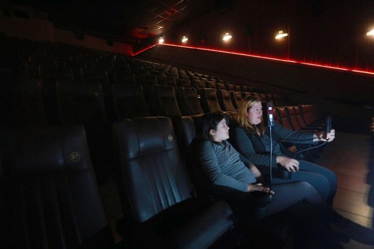 Acessibilidade no Cinema - Sala em Curitiba é a primeira a oferecer uma experiência totalmente inclusiva - Construtora Laguna