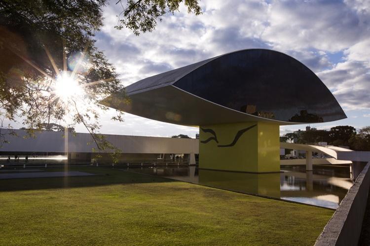 14ª Bienal Internacional de Arte Contemporânea de Curitiba promove discussões sobre fronteiras - Construtora Laguna