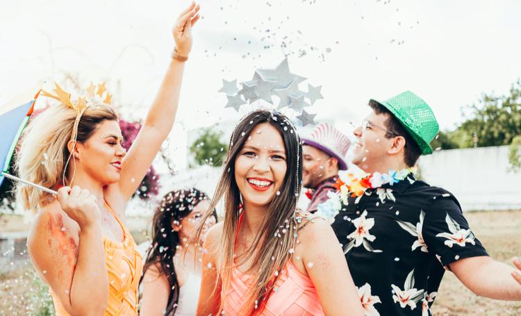 Dicas para aproveitar o carnaval sem plásticos - Construtora Laguna