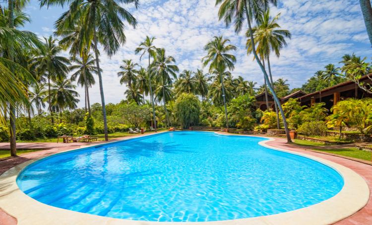 Inspire-se em 4 modelos de piscinas - Construtora Laguna