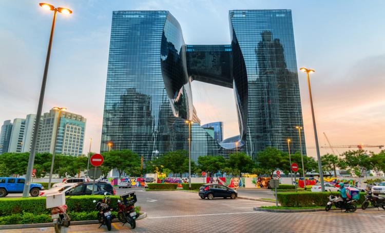 The Opus ME by Meliá hotel com núcleo oco foi inaugurado em Dubai - Construtora Laguna
