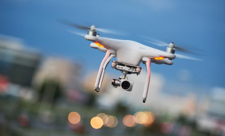 Drones vão plantar 40 mil árvores em 1 mês no Canadá - Construtora Laguna
