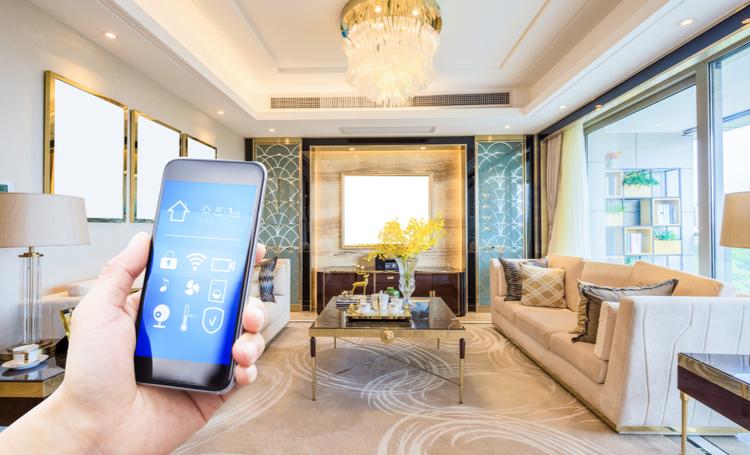 Tecnologia para casa: inovações que auxiliam na rotina - Construtora Laguna