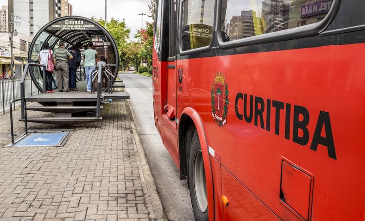 Ônibus transporte coletivo Curitiba – LAGUNA