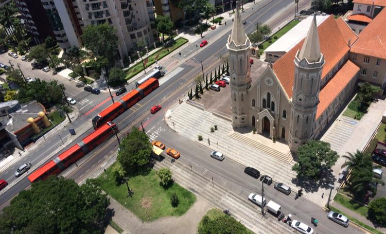 Foto de Curitiba, um dos locais turísticos mais inteligentes